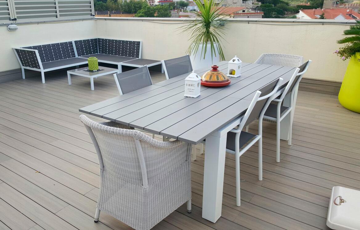 Proyectos en madera de exterior decoraci n de terrazas bcn - Casetas de madera para terraza ...