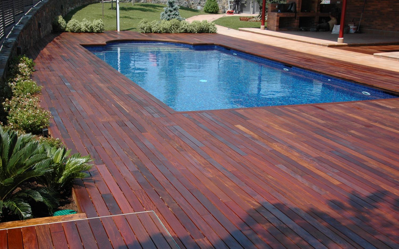 Las mejores tarimas de exterior para tu piscina - Tarimas de madera para exterior ...